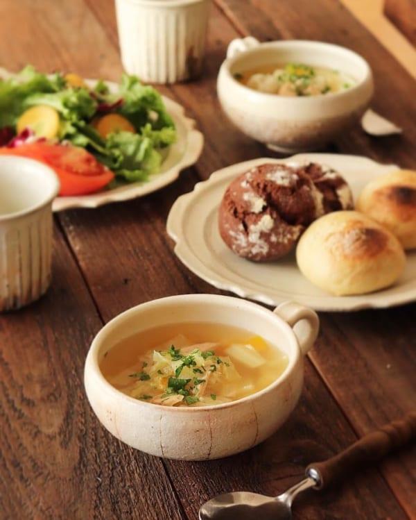 夕飯にもう一品♪キャベツナスープ