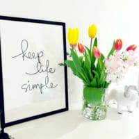 可愛らしいお花を飾ってアクセントに!きれいなスイートピーをお部屋にプラス♡