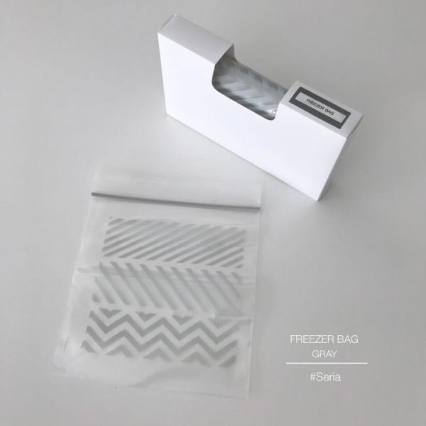 セリアの北欧風柄アイテム フリ―ザ―バッグ幾何学模様