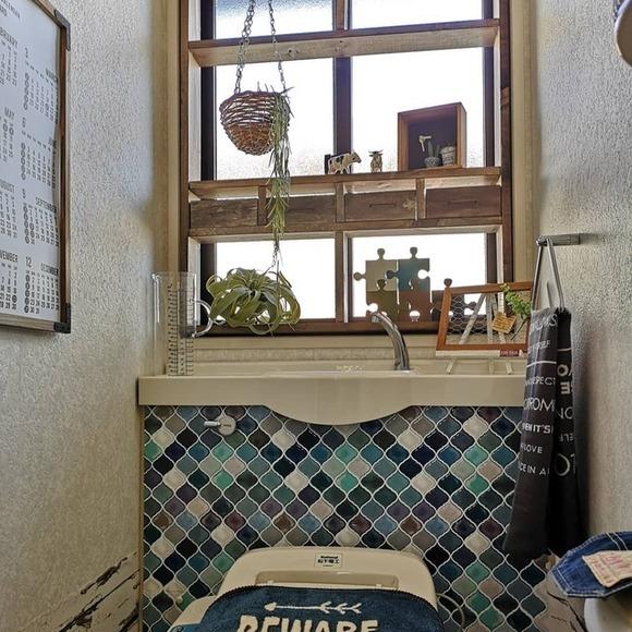 窓枠をつけると装飾感がアップ