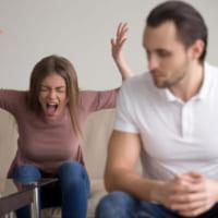 「めんどくさい彼女」と思われないために。男性が嫌がる女性の行動・発言まとめ