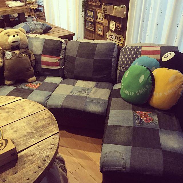 デニムカバーを使ったソファ