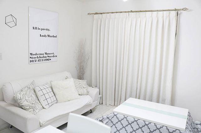 白を基調とした部屋に合うソファ2