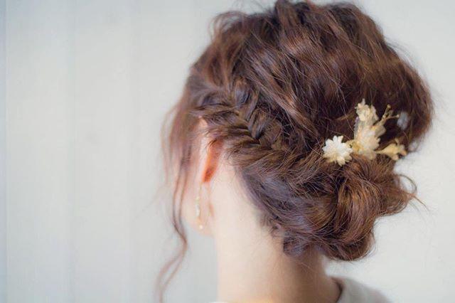ミディアムのまとめ髪④フィッシュボーン3