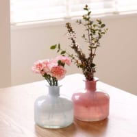 ちょっぴり個性的にお花を飾ろう♪個性派なフラワーベース特集!