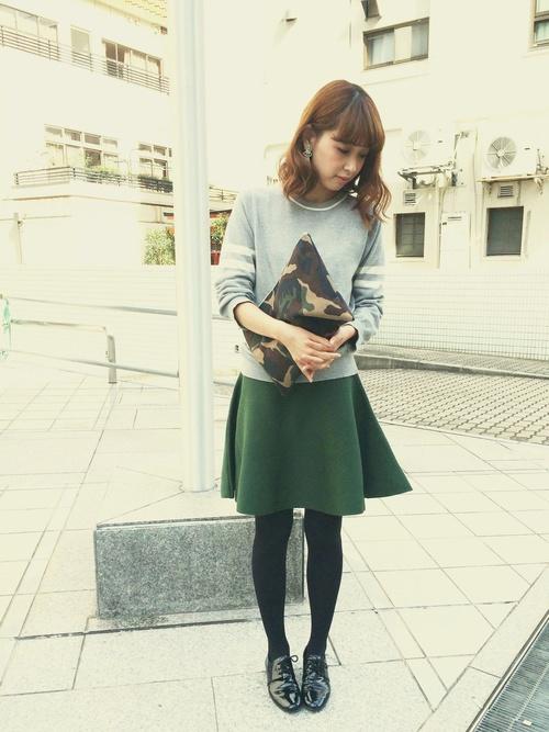 40代におすすめ【グリーン×ミニスカート】