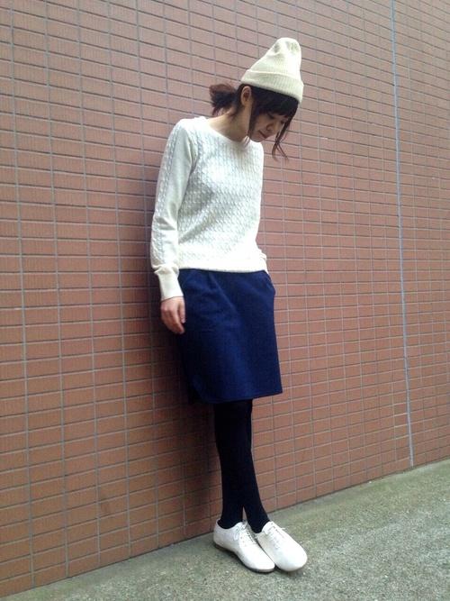 40代におすすめ【ブルー×ミニスカート】