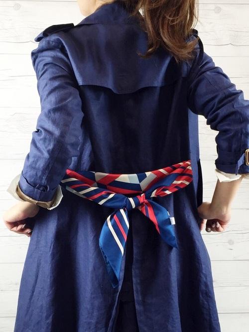 大判スカーフの巻き方3