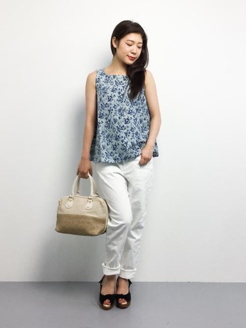 [haco!] haco.FACTORY クラシックな綿麻花柄フレアノースリーブトップス