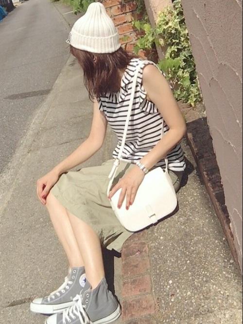 【白ニット帽】の爽やかマリンコーデ
