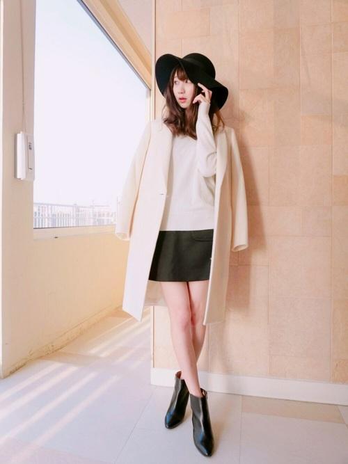 40代におすすめ【アウター×ミニスカート】 ブラック2
