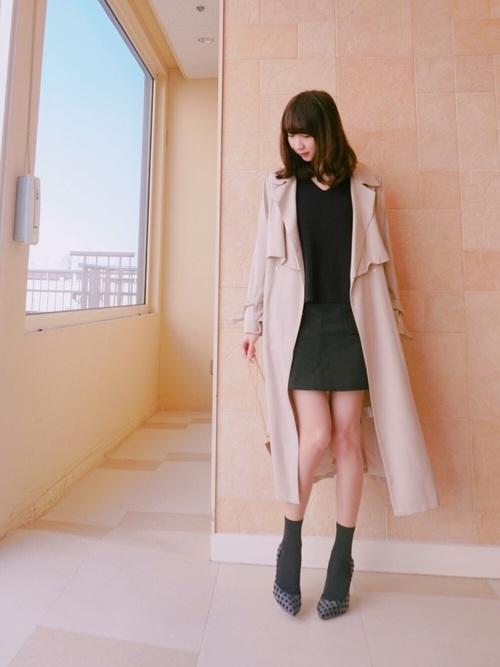 40代におすすめ【アウター×ミニスカート】 ブラック