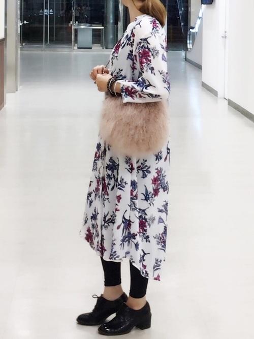 《初秋》気温27度の服装:ワンピーススタイル 夜2
