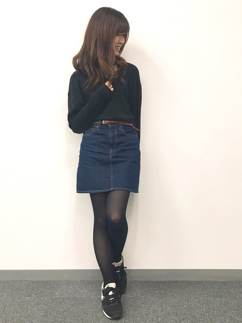 30代におすすめ【スニーカー×ミニスカート】