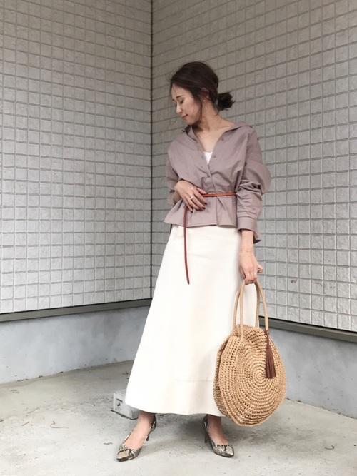 気温23度の服装 フレアスカートコーデ 秋