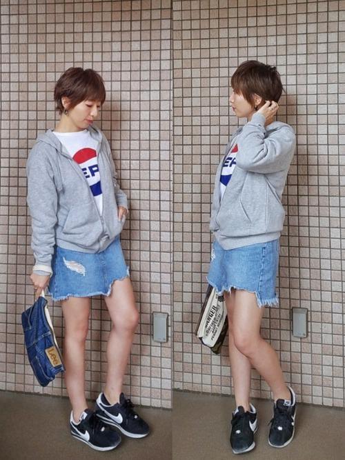 30代におすすめ【Tシャツ×ミニスカート】