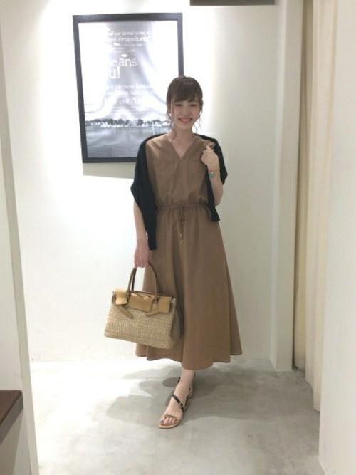 《初夏》気温27度の服装:ワンピーススタイル 晴れ
