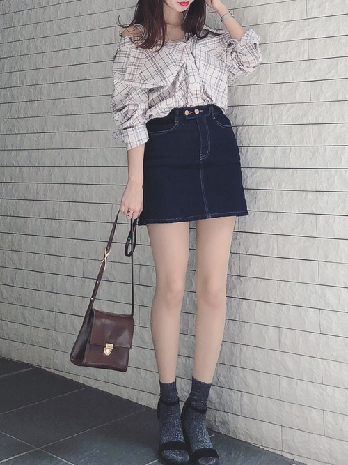 30代40代におすすめ【チェックシャツ×ミニスカート】2