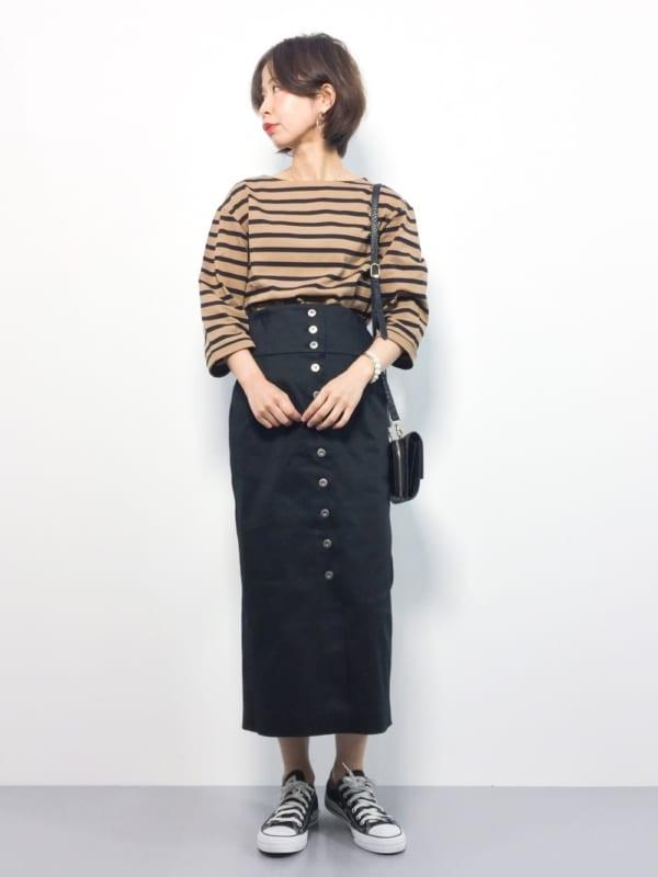 ボーダーTシャツ×ロングタイトスカートの上品コーデ