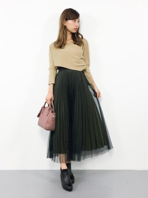 気温23度の服装 チュールスカートコーデ 秋