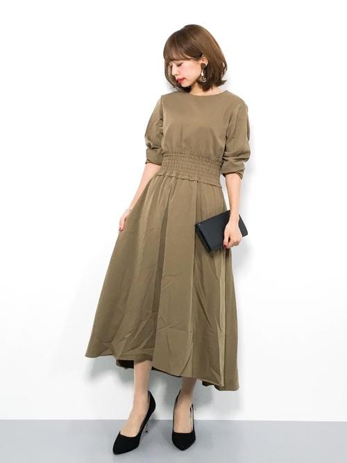 気温23度の服装 ロングワンピースコーデ 秋2