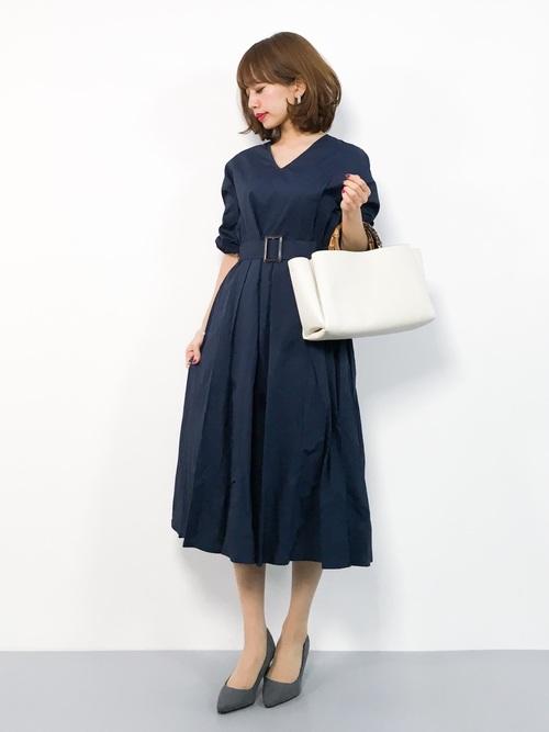 気温23度の服装 ロングワンピースコーデ 秋
