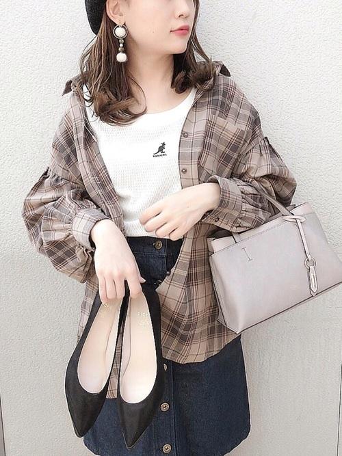 30代40代におすすめ【チェックシャツ×ミニスカート】