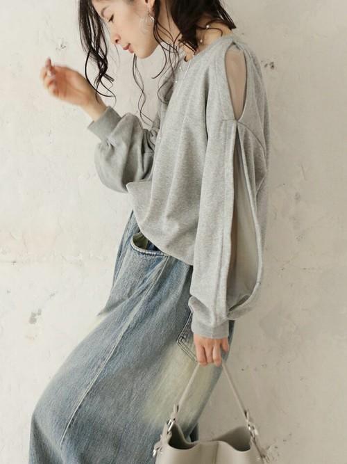 水色ボトムス(スカート)×グレートップス