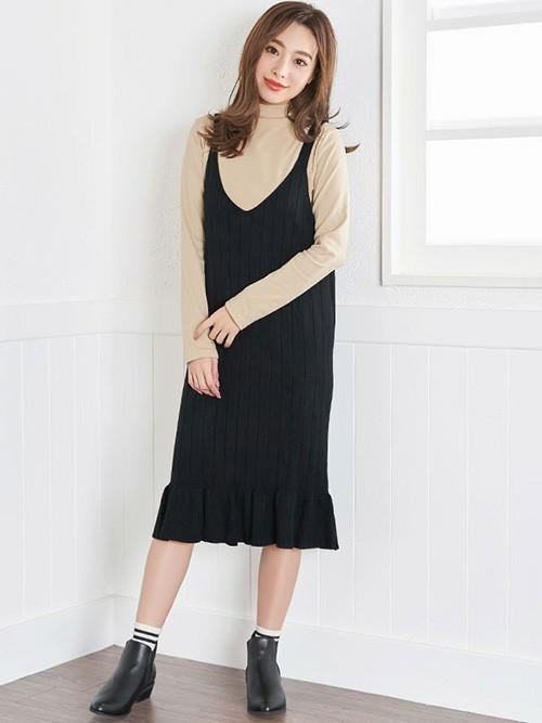 [Nina] ニット裾フレアひざ丈キャミワンピース