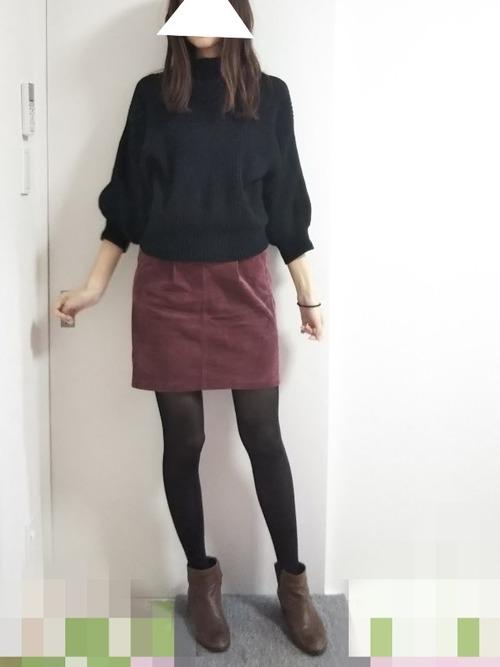 30代におすすめ【深みカラー×ミニスカート】