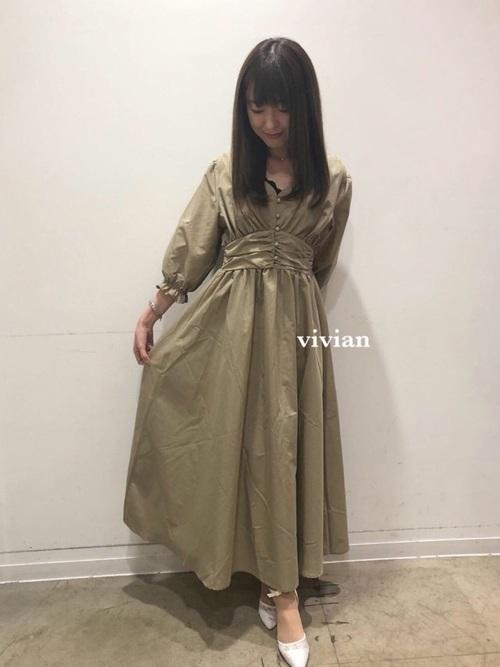 《初秋》気温27度の服装:ワンピーススタイル 晴れ
