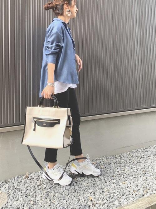 [NOLLEY'S] パール釦テンセルデニム裾2-WAYシャツ