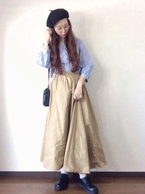ベレー帽×スカートコーデ
