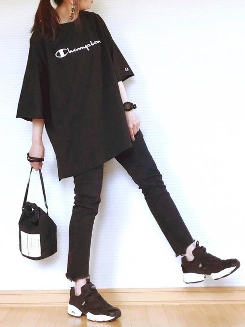 《黒》ビッグTシャツコーデ