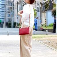 赤バッグの春夏コーデ特集♡シンプルファッションのアクセントにしておしゃれ上級者♪