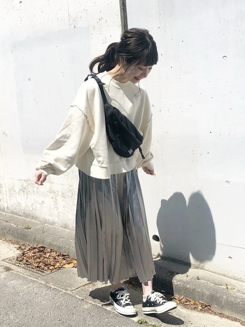 [kutir] シャイニープリーツスカート