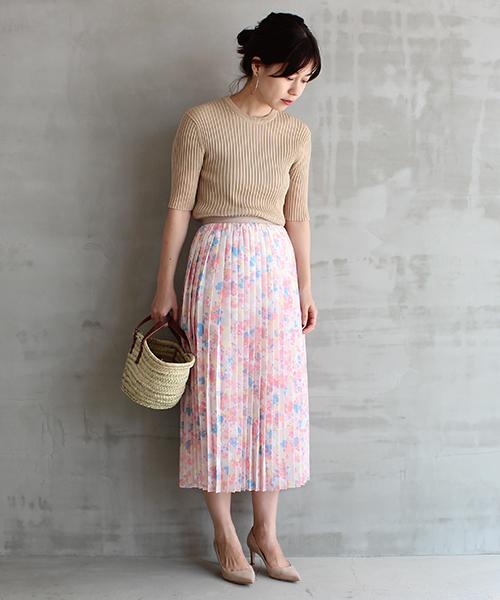 [HELIOPOLE] 小花プリントミディプリーツスカート