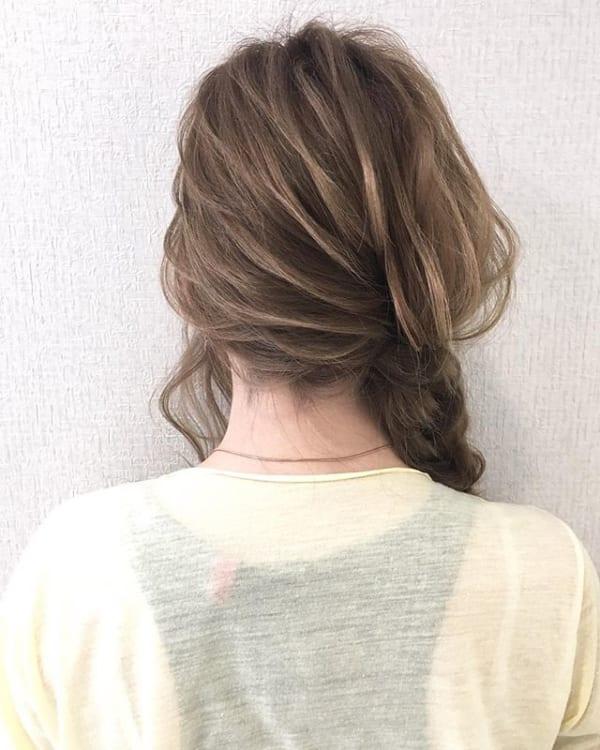 ミディアムのまとめ髪①ポニーテール4