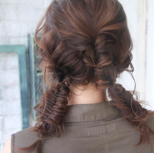 ミディアムのまとめ髪④フィッシュボーン4