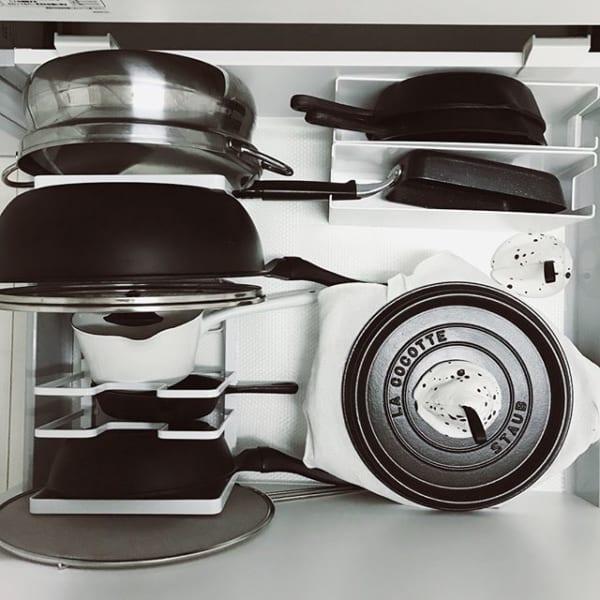 調理器具は立てて収納