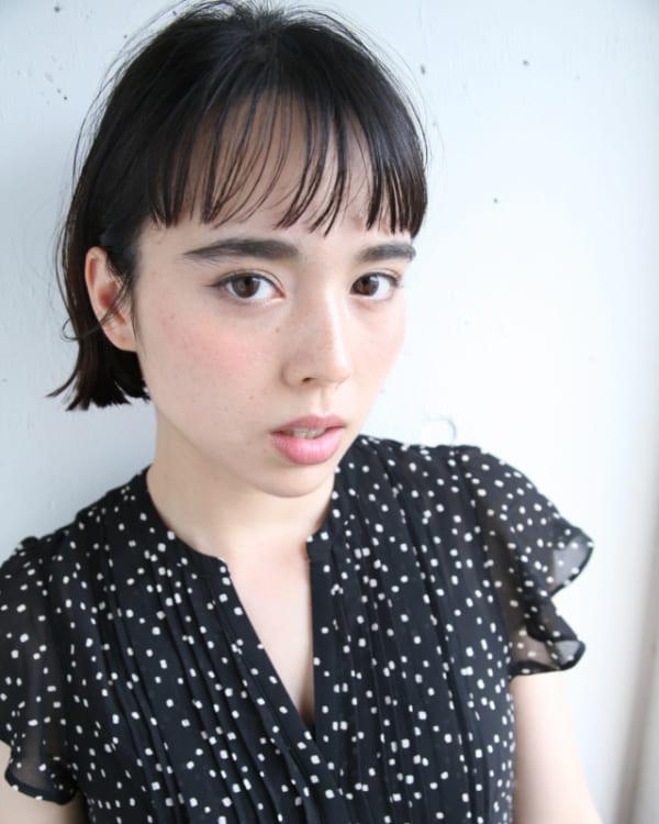 黒髪×ショートボブストレート 丸顔7