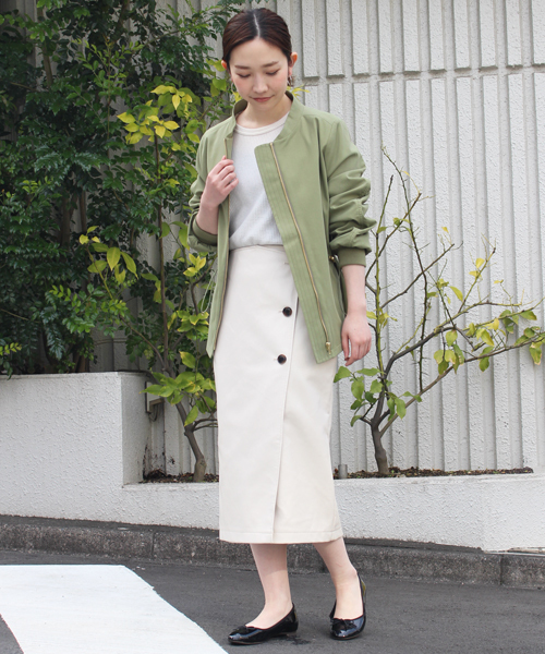 ホワイトラップスカート