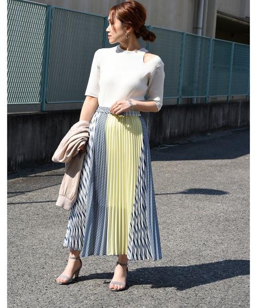 4カラー切り替えストライププリーツロングスカート