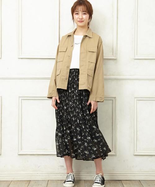 カジュアルなジャケット×スカート2