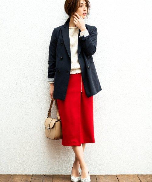 真っ赤なスカート テーラードジャケット