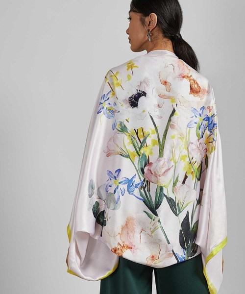 EMELLIA 新作 花柄シルク羽織りxスカーフ