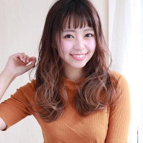 40代の【ロングヘア】×前髪あり 眉上ぱっつん前髪