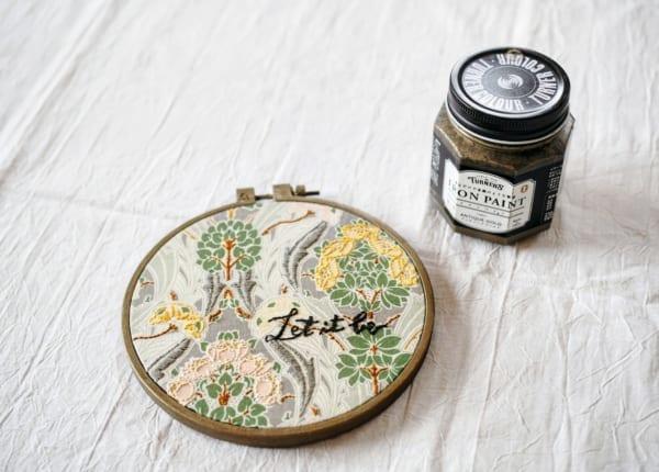 刺繍作品 ディスプレイ 刺繍枠3