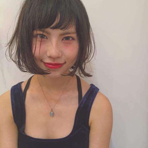 黒髪×ショートボブストレート 面長7