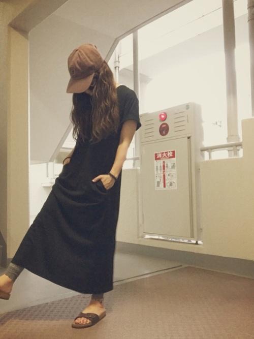 黒Tシャツワンピ